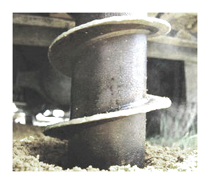 Проходка разведочных скважин при геологическом исследовании грунта под фундамент
